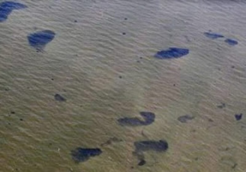 El petróleo derramado en el Golfo de México podría ser uno de los peores desastres a la naturaleza. (Foto: Reuters)