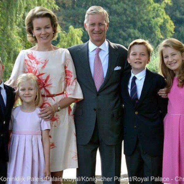 La familia real de Bégica: el rey Alberto, la reina Matilde y sus hijos Elisabeth, Gabriel, Emmanuel y Eléonore.