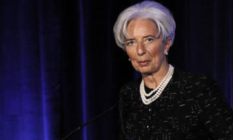 La directora gerente del FMI, Christine Lagarde, dijo que el mayor riesgo es que las tensiones soberanas y financieras retornen en Europa. (Foto: AP)