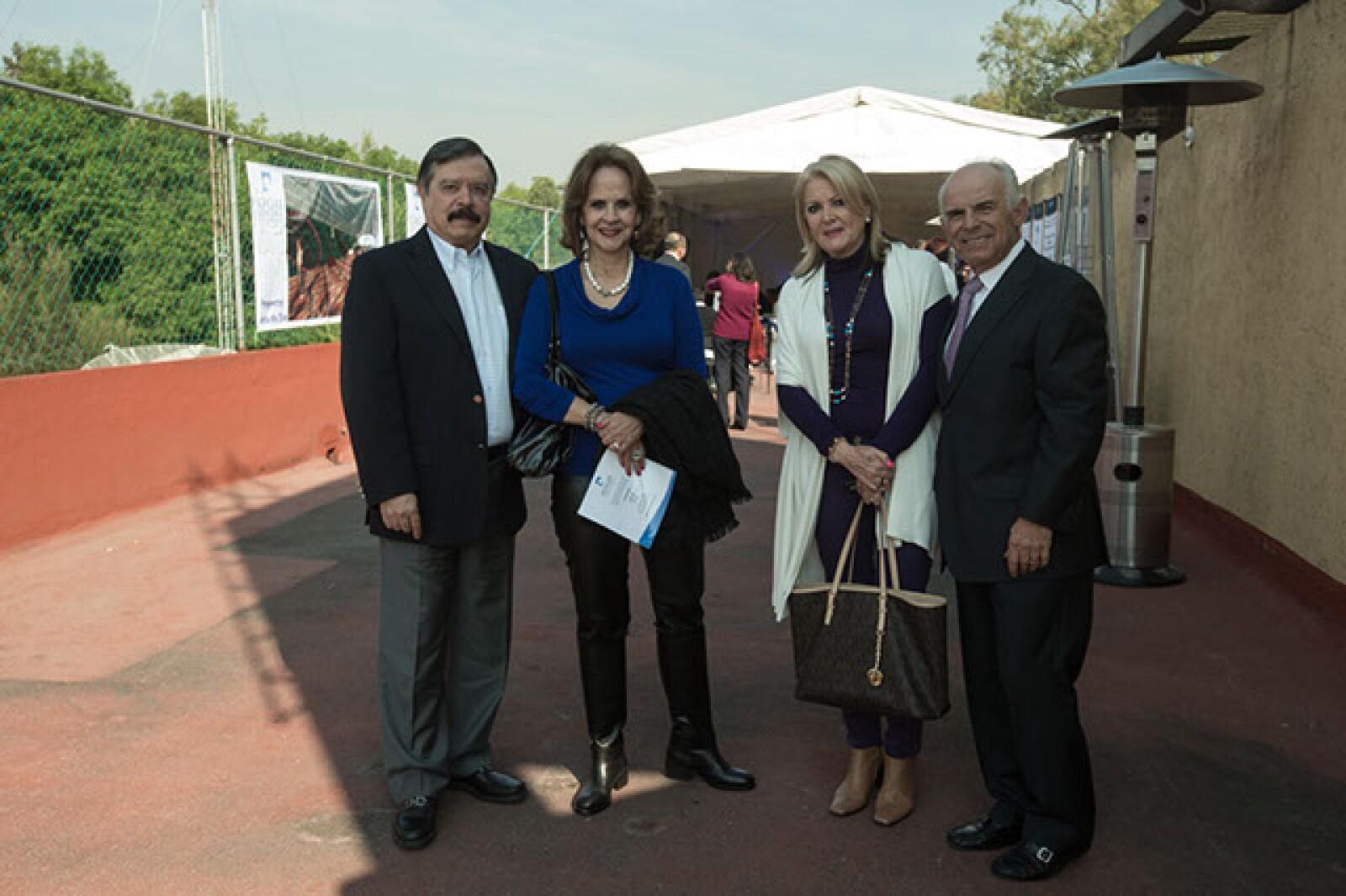 Luis Manrique,Olivia Manrique,Susana Henkel,Ernesto Ibarra