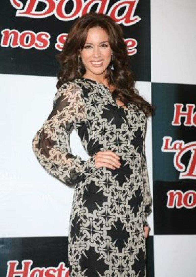 La modelo y actriz asegura que desea esperar el momento ideal para dar el gran paso.