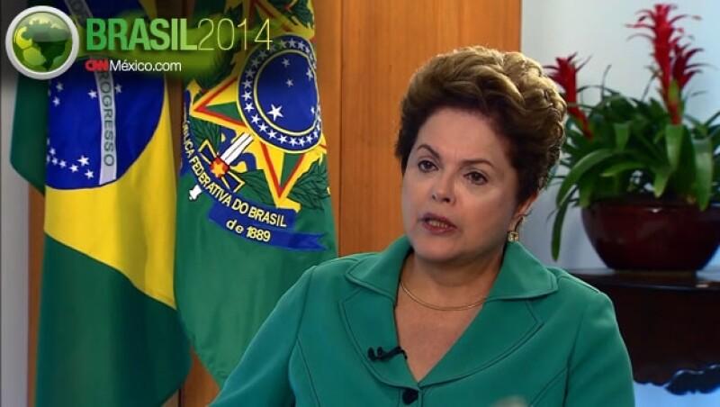 La presidenta de Brasil Dilma Rousseff habló con CNN sobre los estragos después de la derrota de la selección nacional de futbol