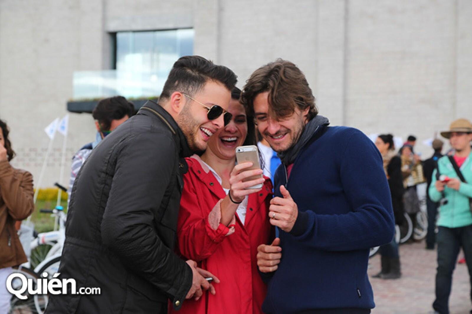 Julio Valado,Maby Navarro y Ale Domínguez