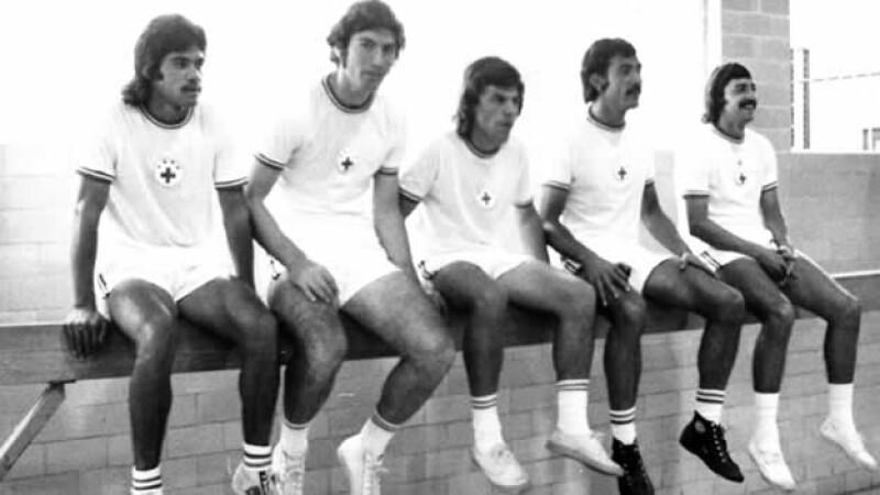 De izquierda a derecha Nacho Flores, Alberto Quintano, Vazquez, Javier ?Kaliman? Guzman y Zonatti