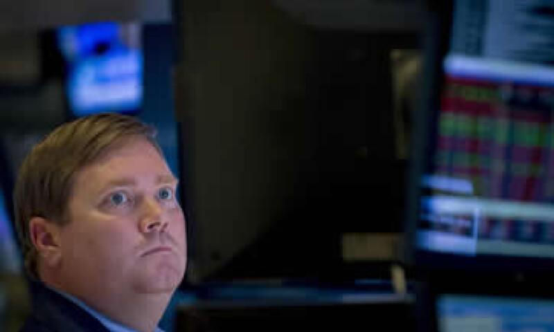 El Dow Jones retrocedió 0.06% en la jornada. . (Foto: Reuters )
