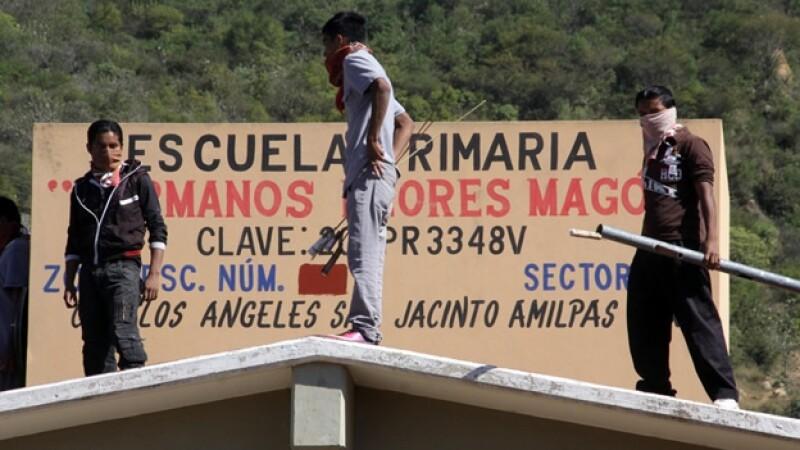 enfrentamiento Oaxaca SNTE San Jacinto Amilpas