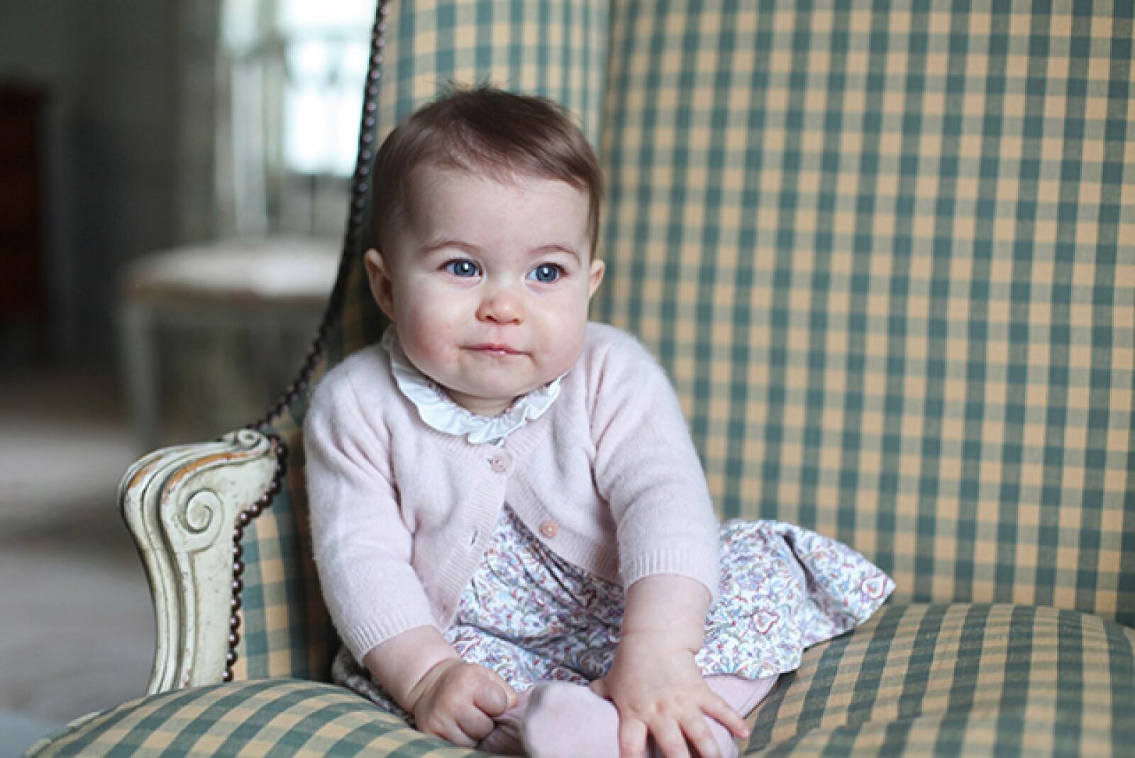 Los duques nos han compartido algunas de las fotografías más tiernas del 2015.