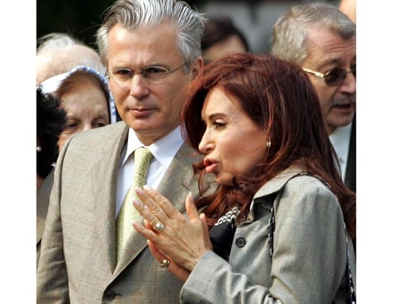 Crecen los rumores (y las apuestas) de un romance entre el juez y la presidenta de Argentina. Así como lo leen.