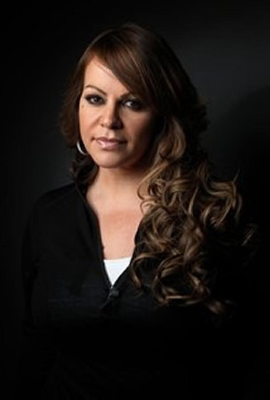 Finalmente este jueves el gobierno de Nuevo León informó que los restos de la cantante y el resto de los pasajeros de la aeronave ya fueron entregados a sus parientes.