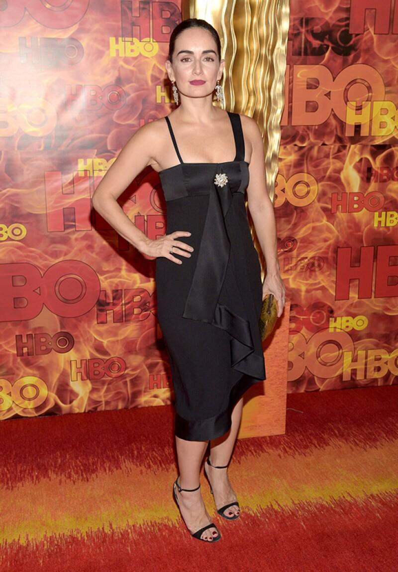 La mexicana estuvo presente en la fiesta que organizó HBO, en la que destacaron celebridades como Kerry Washington, Laverne Cox y Viola Davis.