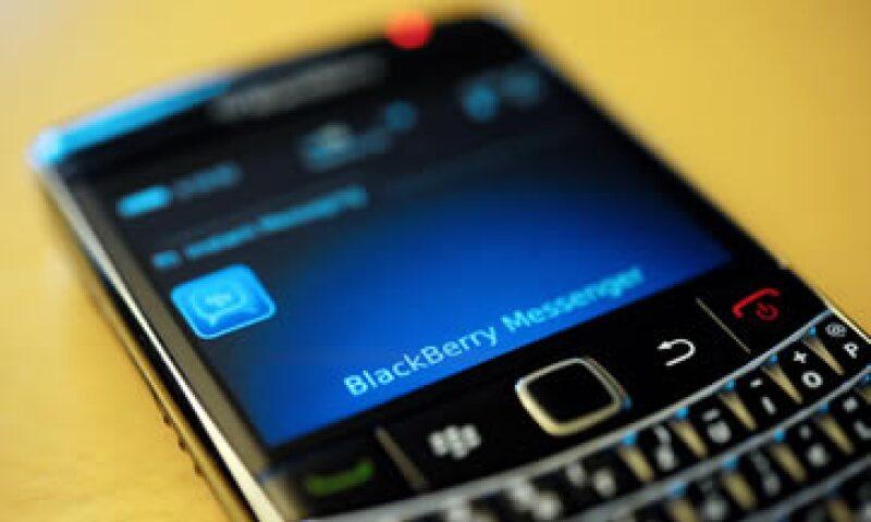 En el segundo trimestre del año, BlackBerry tuvo una pérdida de 965 millones de dólares. (Foto: Reuters)