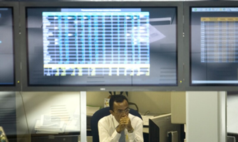 Los mercados esperaban medidas más fuertes por parte de la Reserva Federal de Estados Unidos. (Foto: AP)