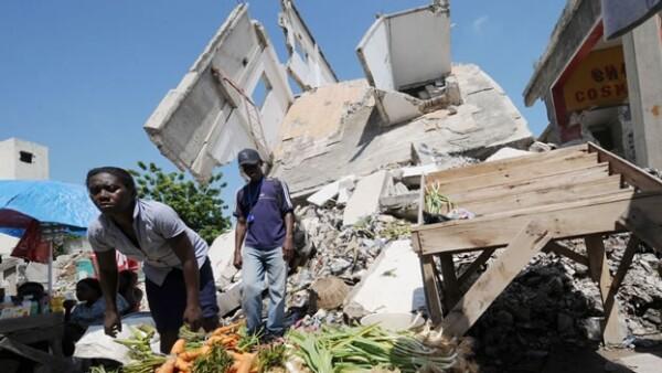 escombros en haiti