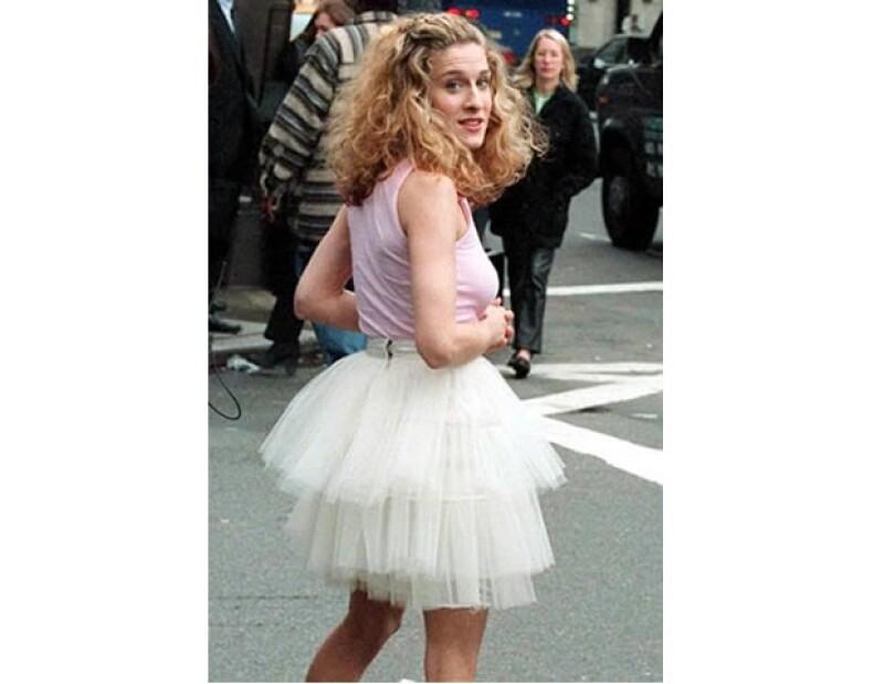 El popular tutu desde entonces se convirtió en una opción para usarse como disfraz de Halloween en las mujeres de todas las generaciones