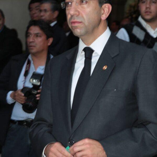 Javier Lozano.