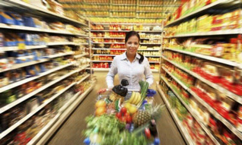 Dale valor a la atención que recibes al adquirir servicios como alojamiento y experiencias culinarias. (Foto: Thinkstock)
