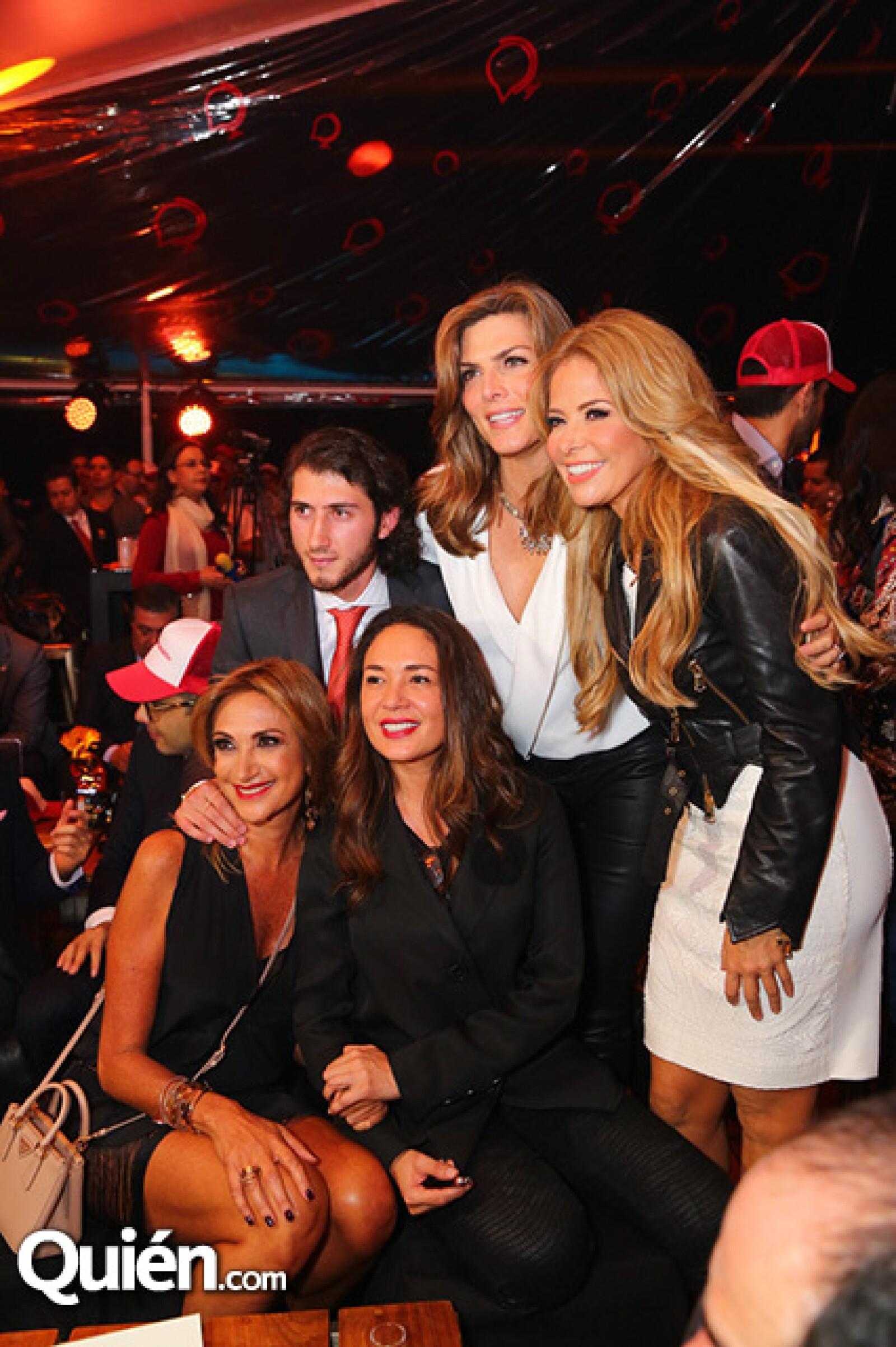 Adela Micha,Carlos Gotlib,Yolanda Andrade,Montserrat Oliver y Gloria Trevi