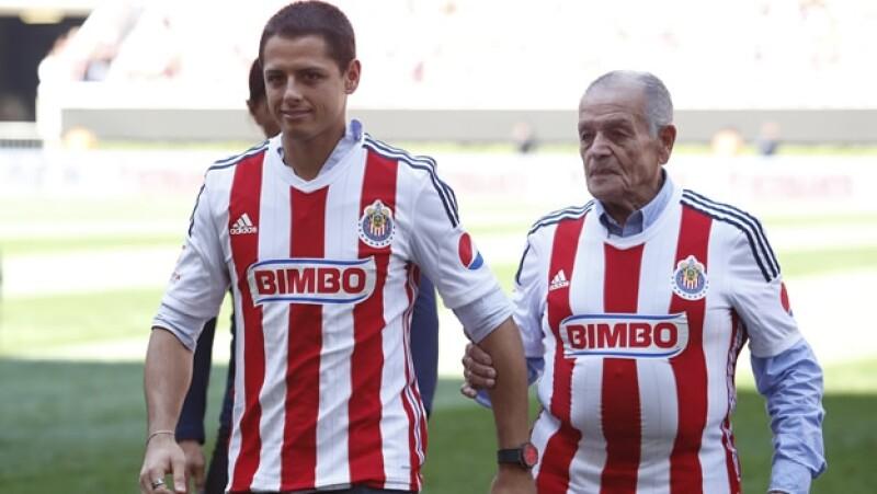 Javier Hernández, y Tomas Balcázar