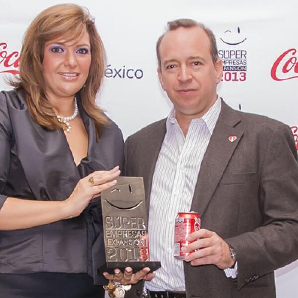 Coca-Cola de México, el número 1 en la categoría de entre 500 y 3000 empleados festejó en compañía de Laila Chartuni Directora General de Top Companies. Francisco Crespo Presidente de Coca-Cola de Mexico felicitó al personal por el éxito obtenido.