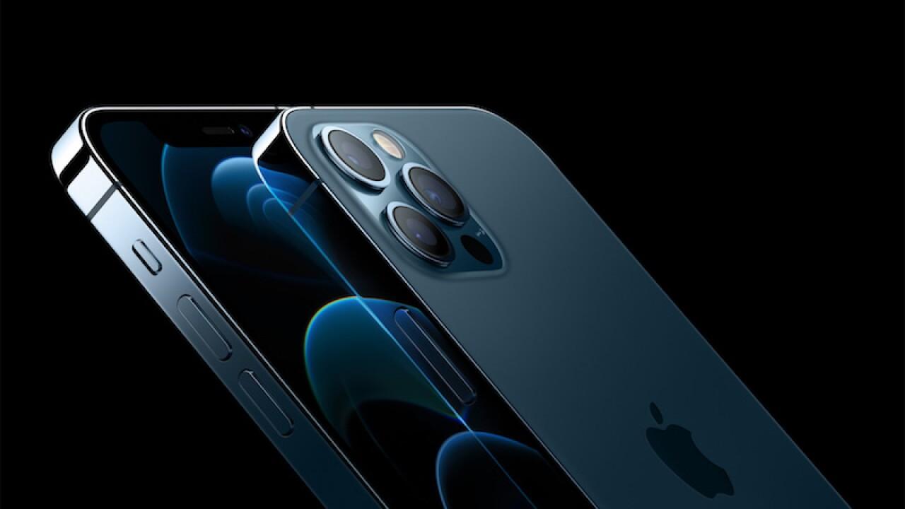 Apple bate nuevo récord de ingresos con 111,400 MDD en el trimestre