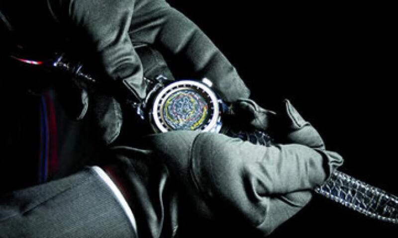 El reloj Portuguese Sidérale Scafusia logra calibrar el movimiento de las estrellas según la zona horaria del propietario. Éste es uno de los pocos ejemplares que al reverso muestran un mapa de las constelaciones. (Foto: Cortesía de la marca)