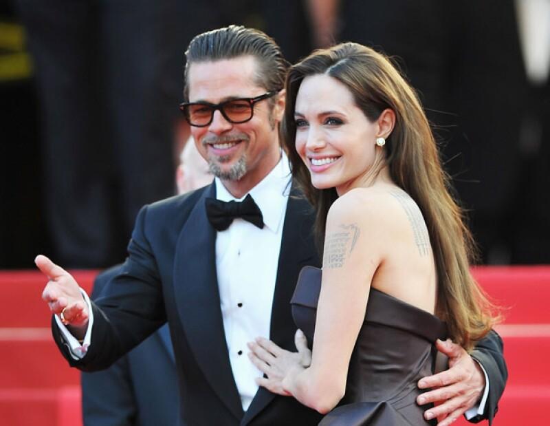 De Jennifer Aniston a Megan Fox, te contamos de los famosos que han escapado de las cámaras cuando de amor se trata y han logrado casarse en secreto.