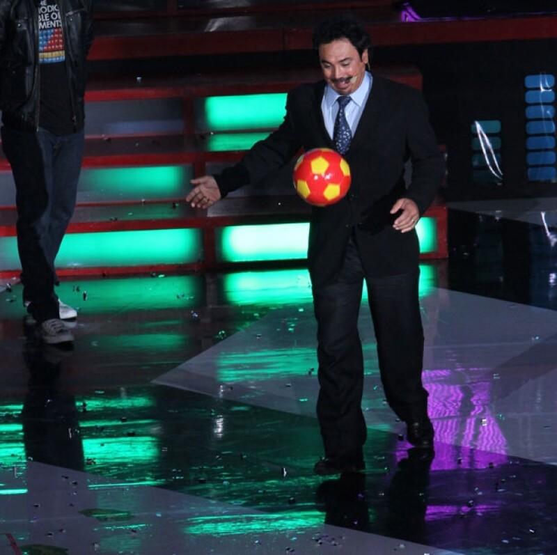 Hugo Sánchez fue reconocido con el premio La leyenda.