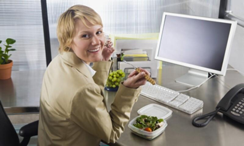La muerte de un empleado por diabetes u obesidad cuesta 10,000 dólares a las empresas. (Foto: Thinkstock)