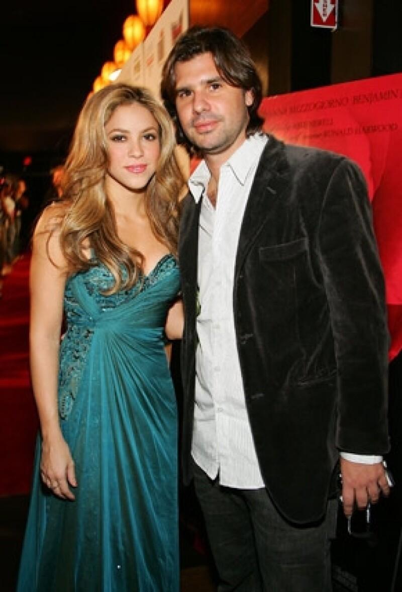 El ex de la cantante tendrá que pagarle a la colombiana los gastos que generó en su defensa. De la Rúa no apelará la decisión del juez.