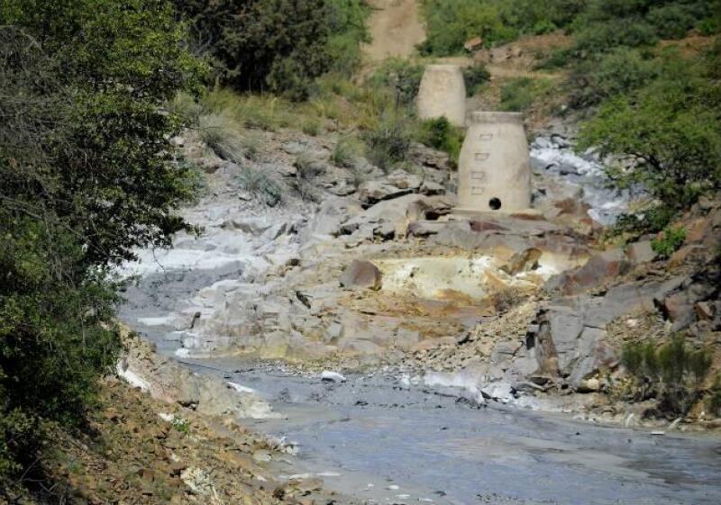 Derrame de �cido de minera en Sonora