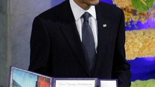 """""""Los instrumentos de la guerra tienen un papel en la búsqueda de la paz"""", dijo hoy el presidente de Estados Unidos, Barack Obama, tras recibir el Premio Nobel de la Paz 2009."""