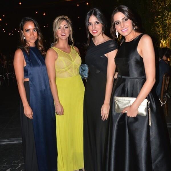 Liliana Urrea,Paola Orozco,Pau Urrea,Lore Orozco