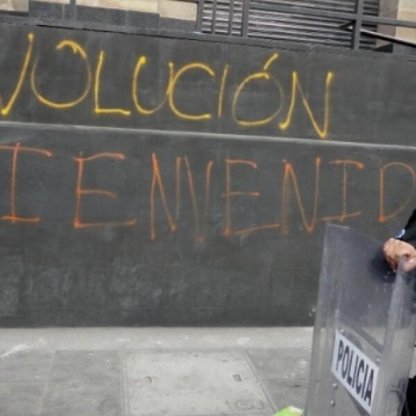 protesta _toma de posesión_ Peña 1