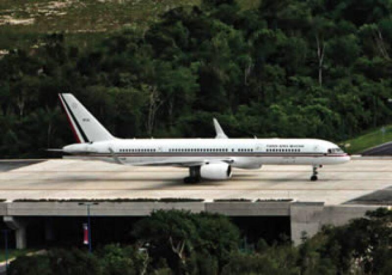 Costó casi 1,000 MDP, pero Chico Pardo cree que la segunda pista del aeropuerto de Cancún se pagará pronto. (Foto: Procesofoto)