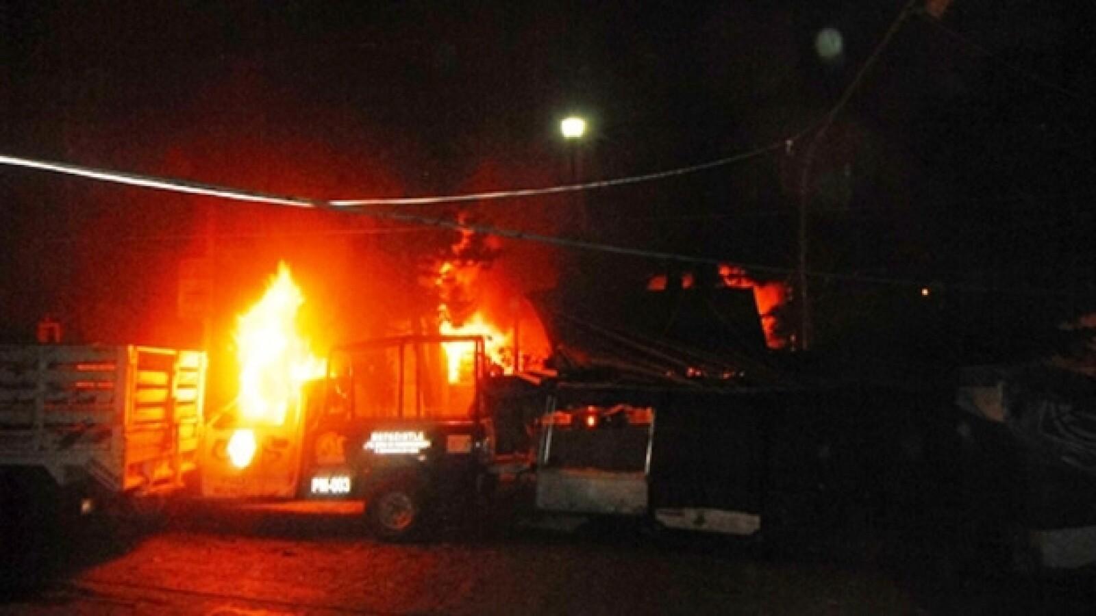 quema de cuatrimoto de proteccion civil
