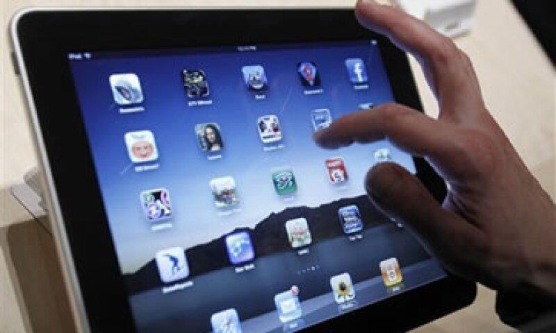 Puedes regalar tarjetas de regalo para la iPad y el iPhone de Apple. (Foto: AP)