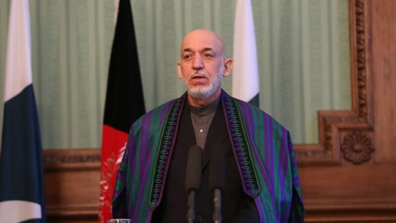El presidente de Afganistán Hamid Karzai durante una rueda de prensa en Kabul el 30 de noviembre pasado