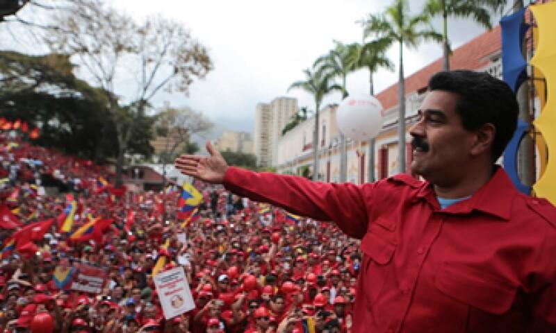 Maduro hizo el anuncio ante trabajadores petroleros. (Foto: Reuters)