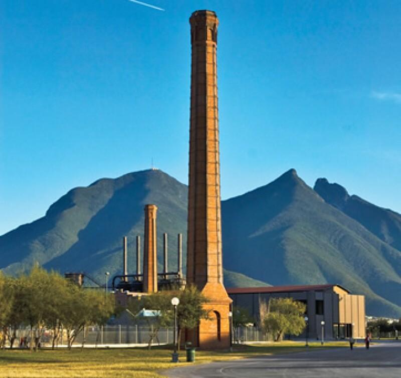 El turismo regresa a lugares como el Parque Fundidora de Monterrey. (Foto: Selma Fernández)