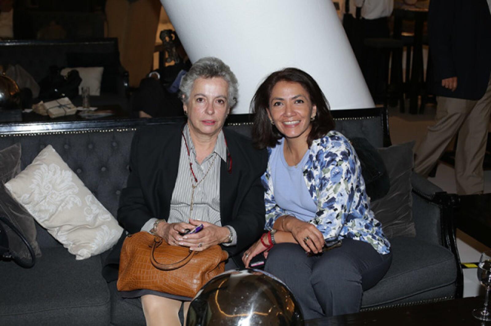 Carmen Rábago y Olga Gil