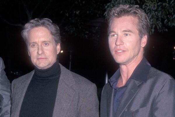 Michael Douglas y Val Kilmer