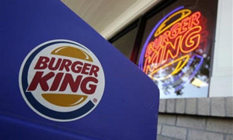 Alsea opera marcas como Starbucks y Burger King. (Foto: AP)
