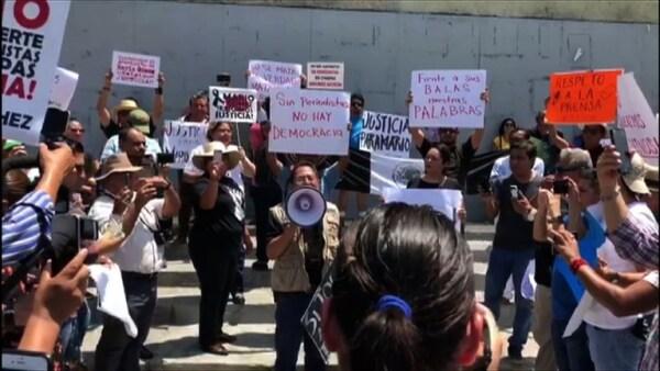 Periodistas protestaron en Chiapas por el asesinato de su compañero Mario Gómez