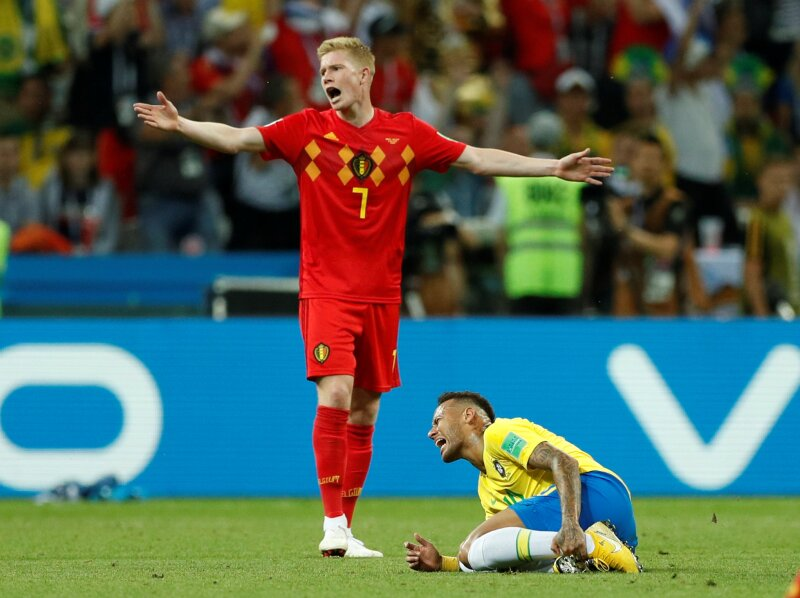 Neymar se cae