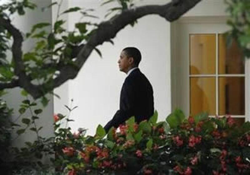El presidente de EU, Barack Obama, defendió sus programas de estímulo y los rescates de las automotrices. (Foto: Reuters)