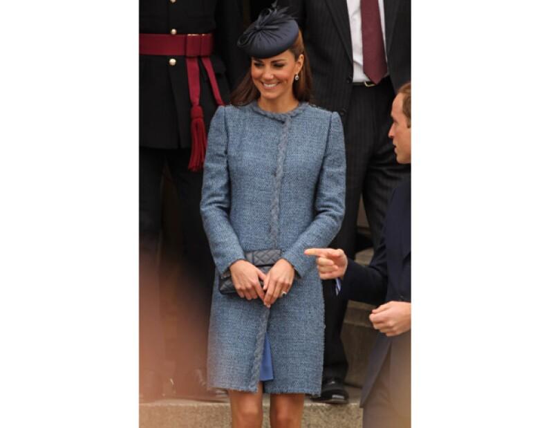 La esposa del príncipe Guillermo rechazó de una experta de moda que le aconseje sobre su vestuario y le ayude con sus compras.