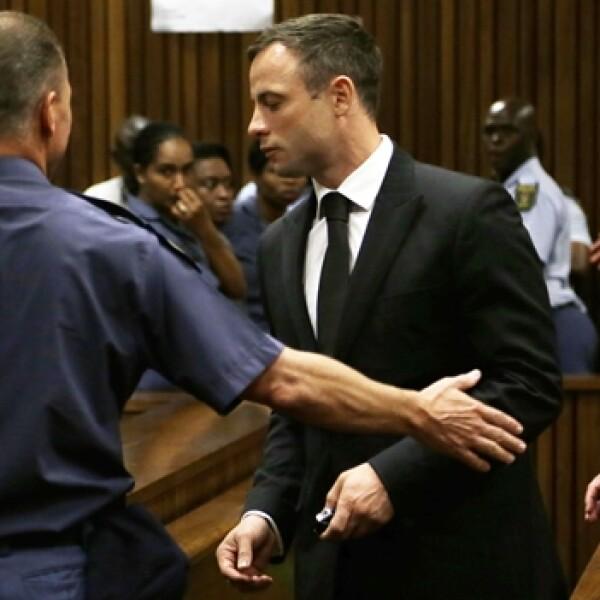 Oscar Pistorius escoltado carcel