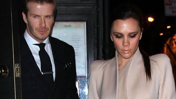 David Beckham está muy contento por haber recibido una invitación para la boda del príncipe Guillermo y Kate Middleton que se llevará acabo en abril.