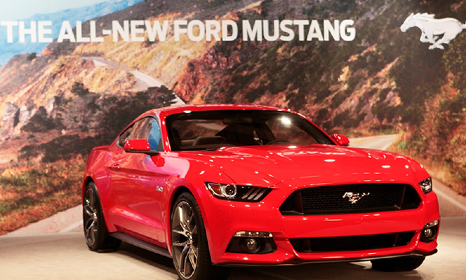 La automotriz lanzó un modelo para celebrar sus 50 años, en el Auto Show de Nueva York.