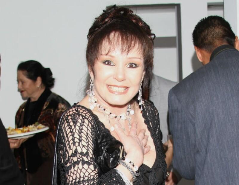 Se confirma el fallecimiento de la estrella mexicana a los 62 años de edad por consecuencia de un infarto al corazón.